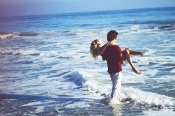 无论在哪里,我们都会相爱
