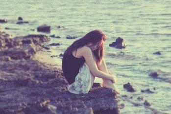 我有离开的勇气,却舍不得让爱情死去