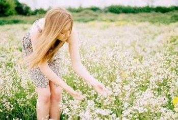 生活不会因为你是年少,就对你笑脸相待