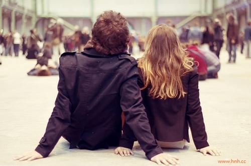 年代谈年代的恋爱不累才怪。