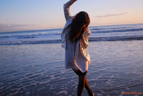 不用害怕未来多远 我一直在你的身边。