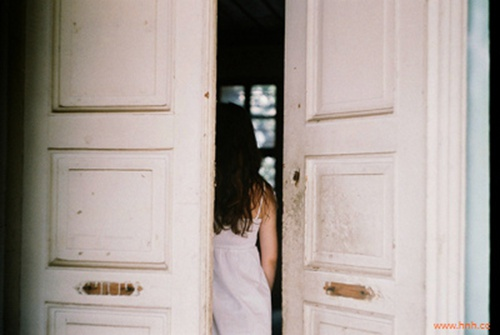 在轻痛时转身,放爱远行
