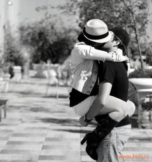 只要我活着就一定只会爱你一个人